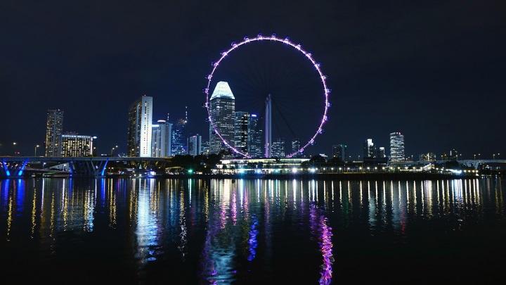 Singapur mit Riesenrad