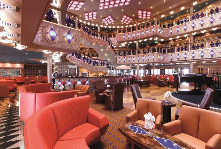 Lobby Atrium dei Diamanti - Costa Favolosa