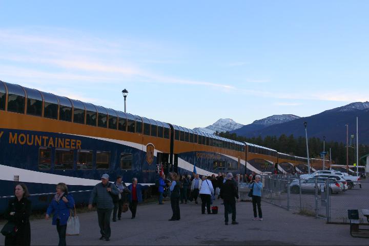 Mit dem Rocky Mountaineer wird die Kanada-Reise unvergesslich!